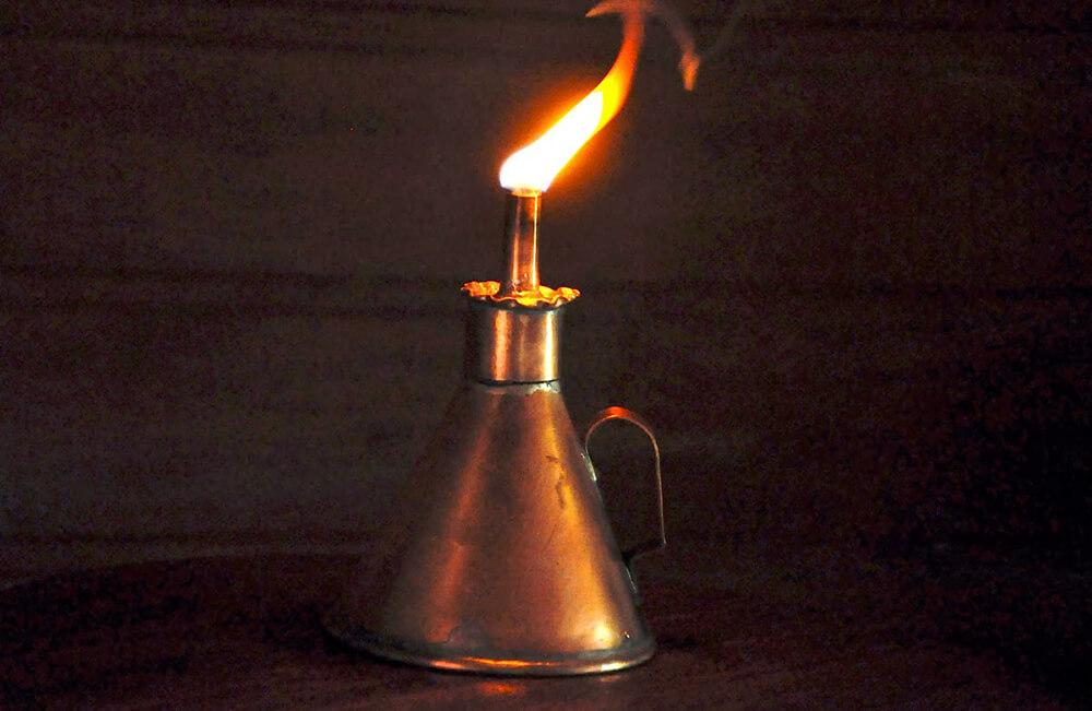 Resultado de imagem para Foto: lampião e lamparina